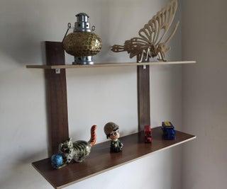 Simple Wall Hanging Bookshelf