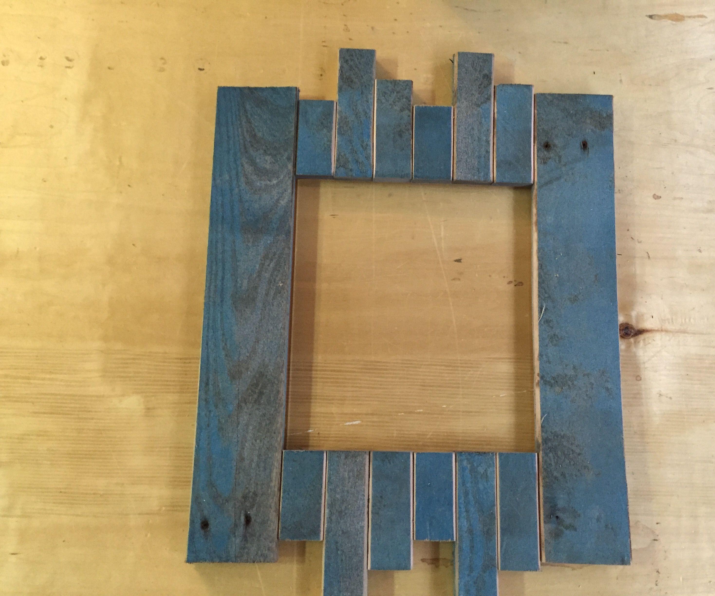 Pallet resurrection picture frame