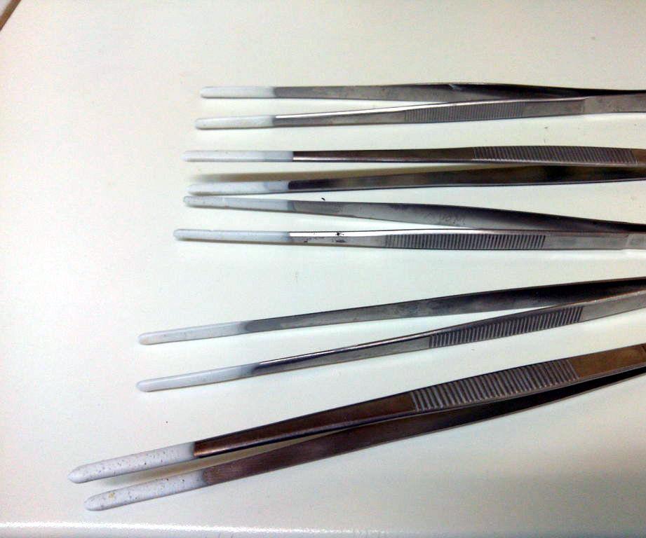Silicone coating your tweezers