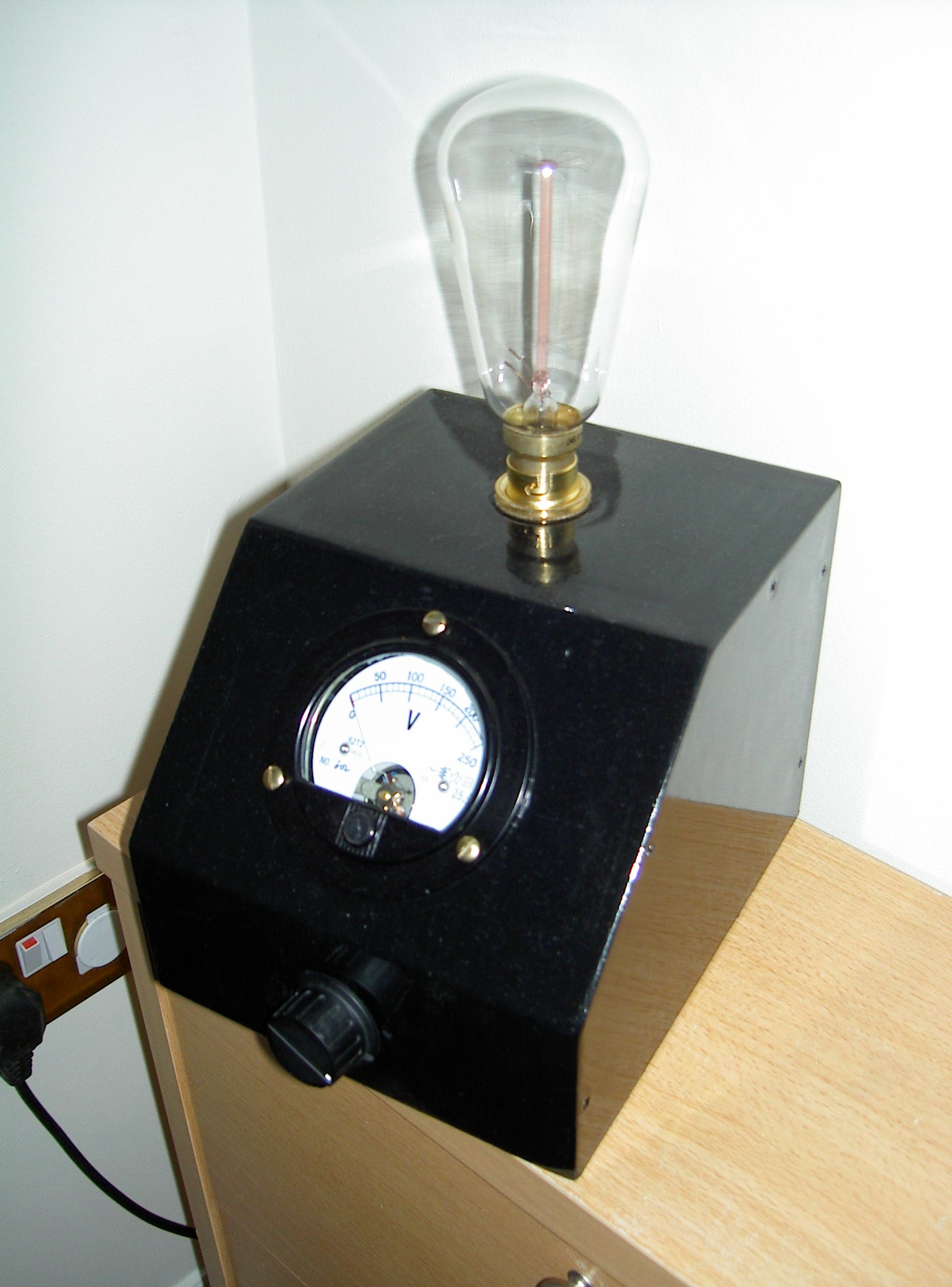 Mad Professor steampunk lamp with danger meter!!!