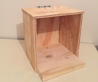 How to Make a Bee Hummingbird House