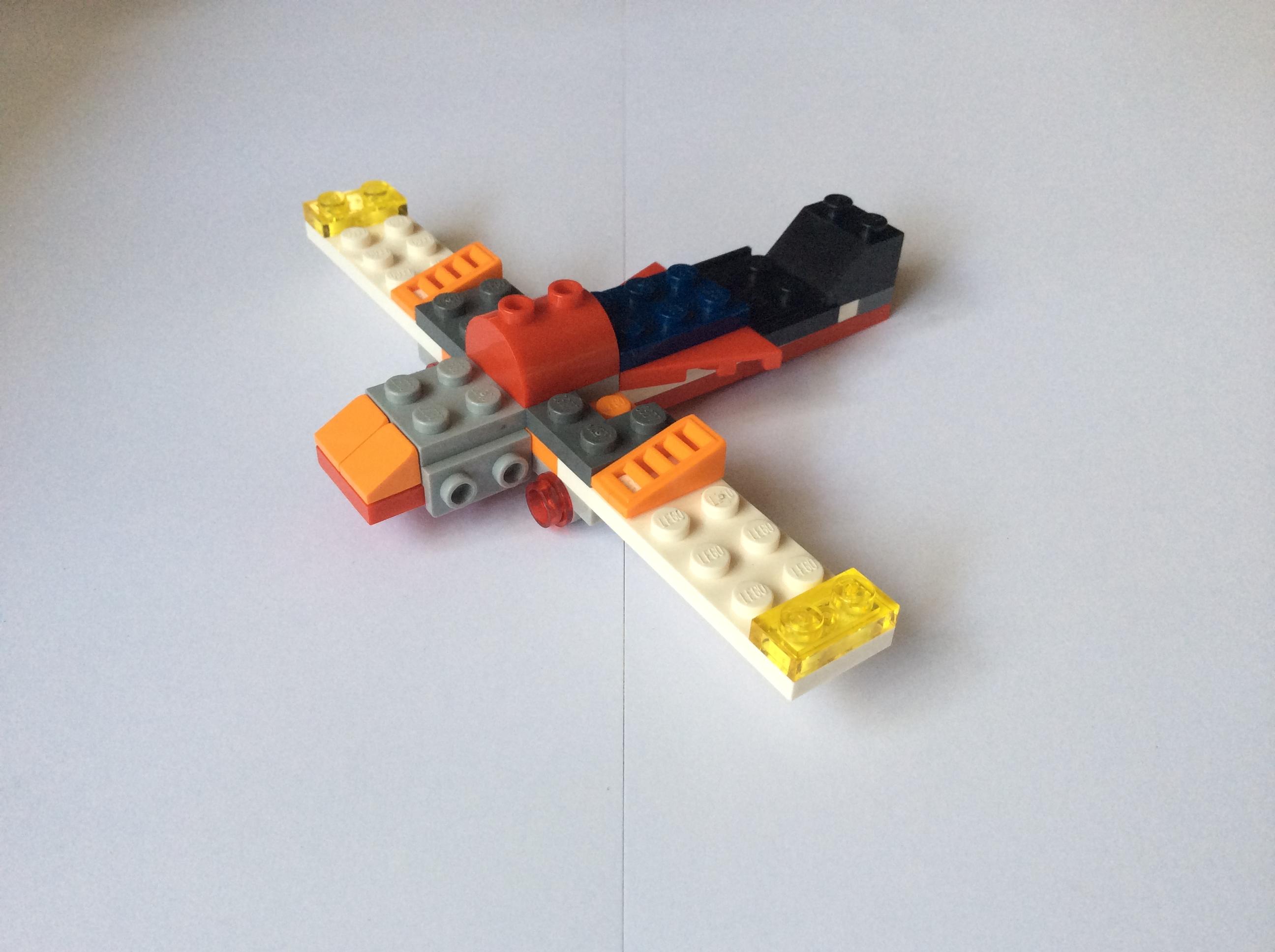 A Lego Airplane : Little Eagle
