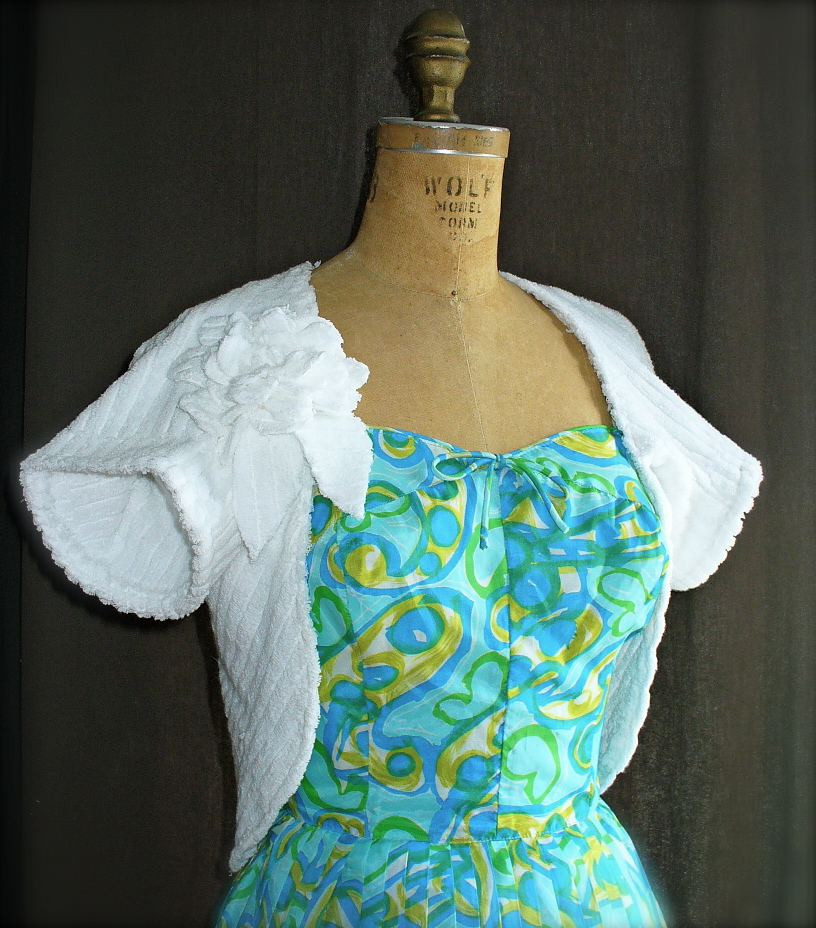 Jiffy Beach Cover-Up Made From An Old Towel
