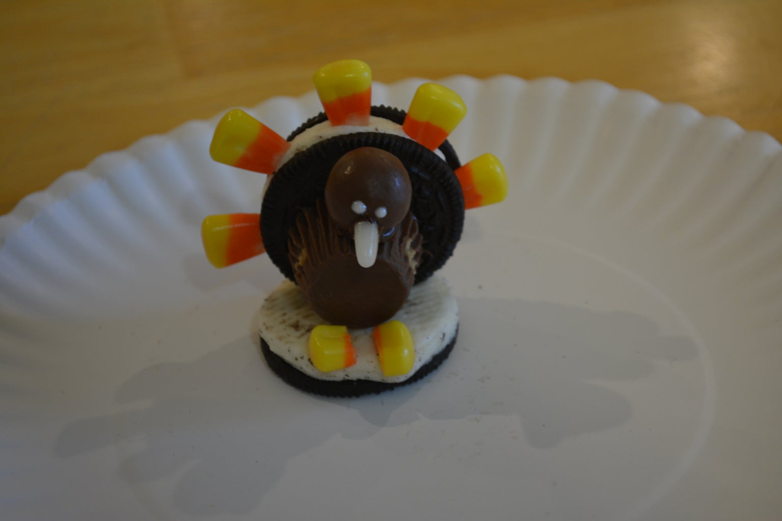 How to Make Oreo Cookie Turkeys