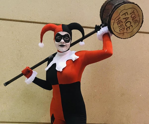 """How to Create a DC: """"Harley Quinn"""" Jester Costume"""