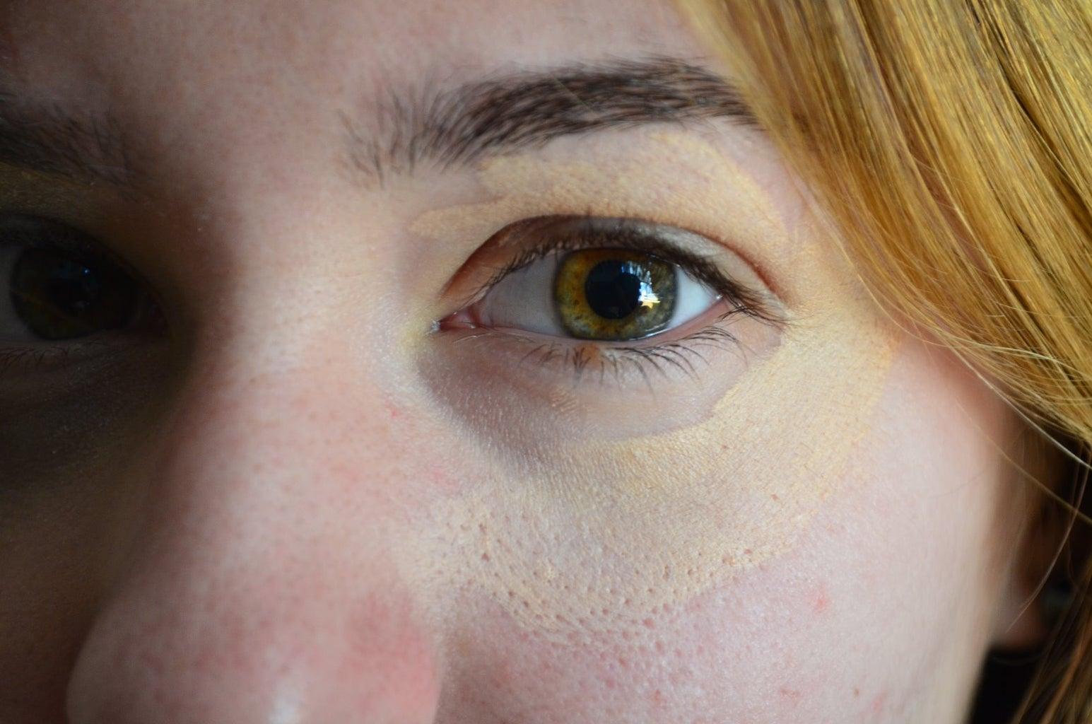 Line Your Eye With Foundation
