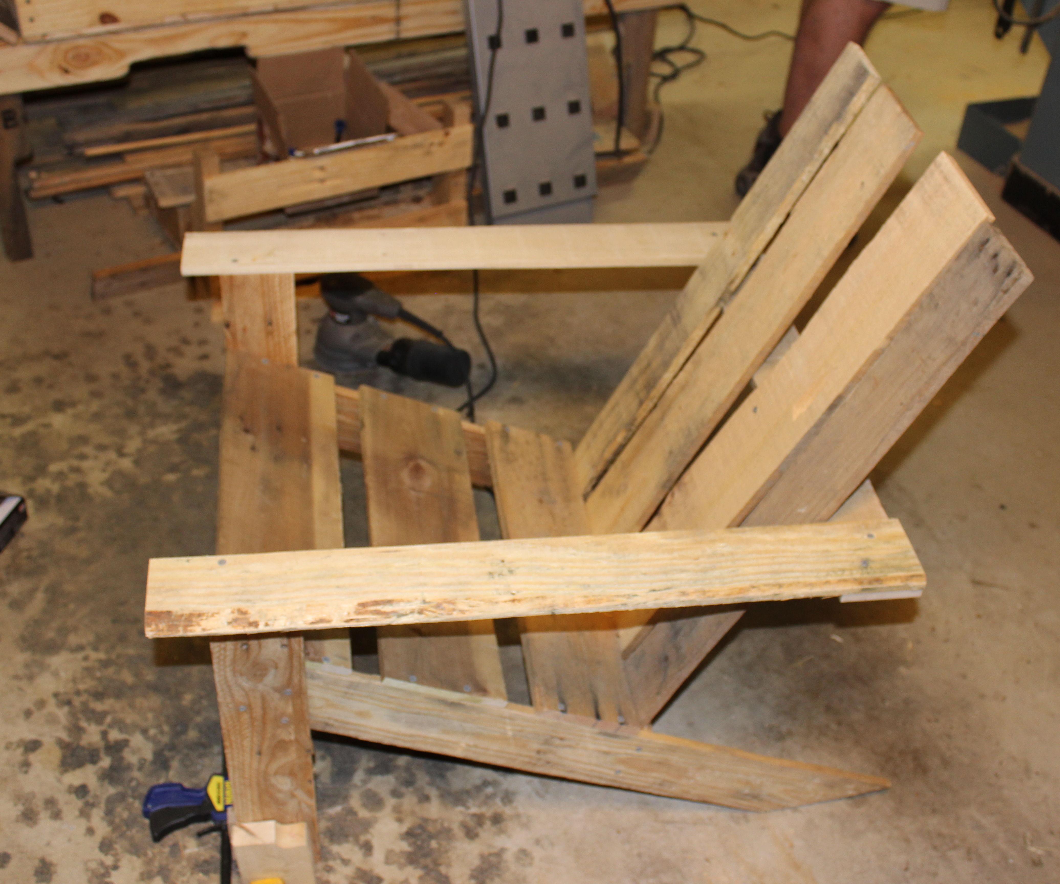 Comfy Pallet Adirondack Chair