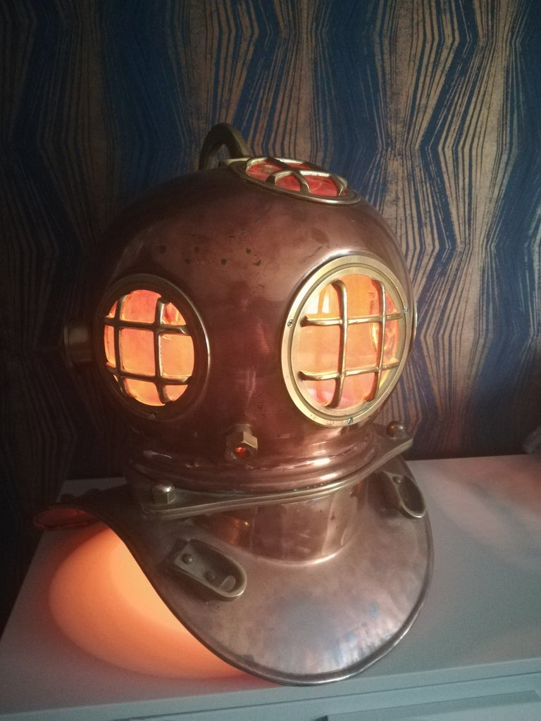 Diving Helmet Touch Lamp