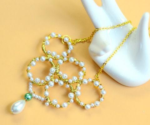 Beebeecraft Tutorials on Making Pearl Loop Necklace