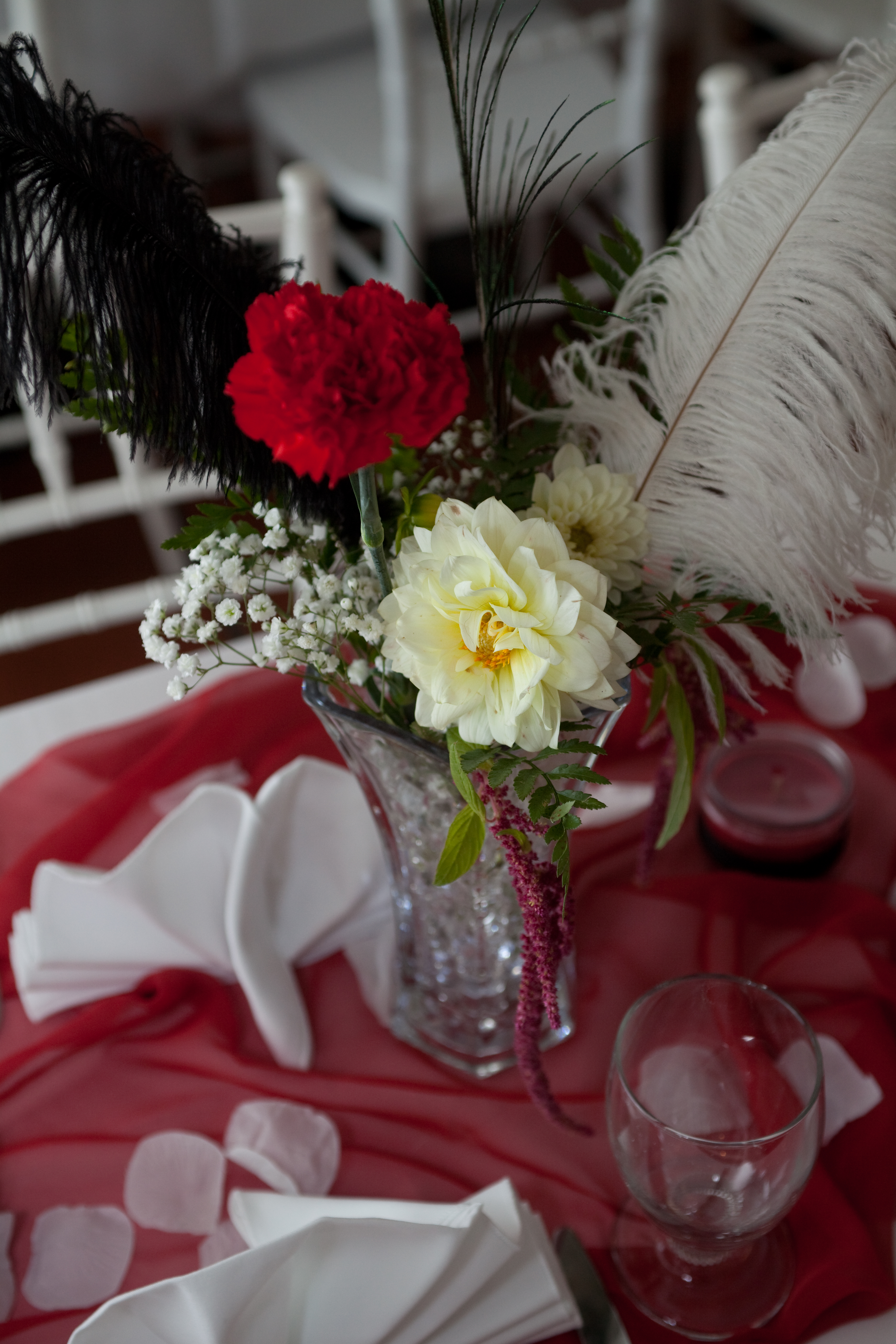 Wedding Table Centerpieces and Flowers