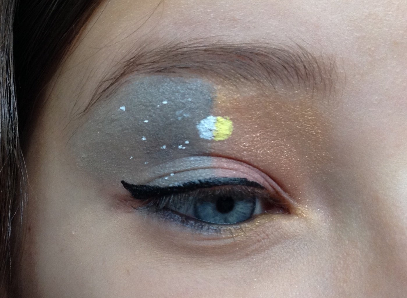 Night and Day Eyeshadow Look