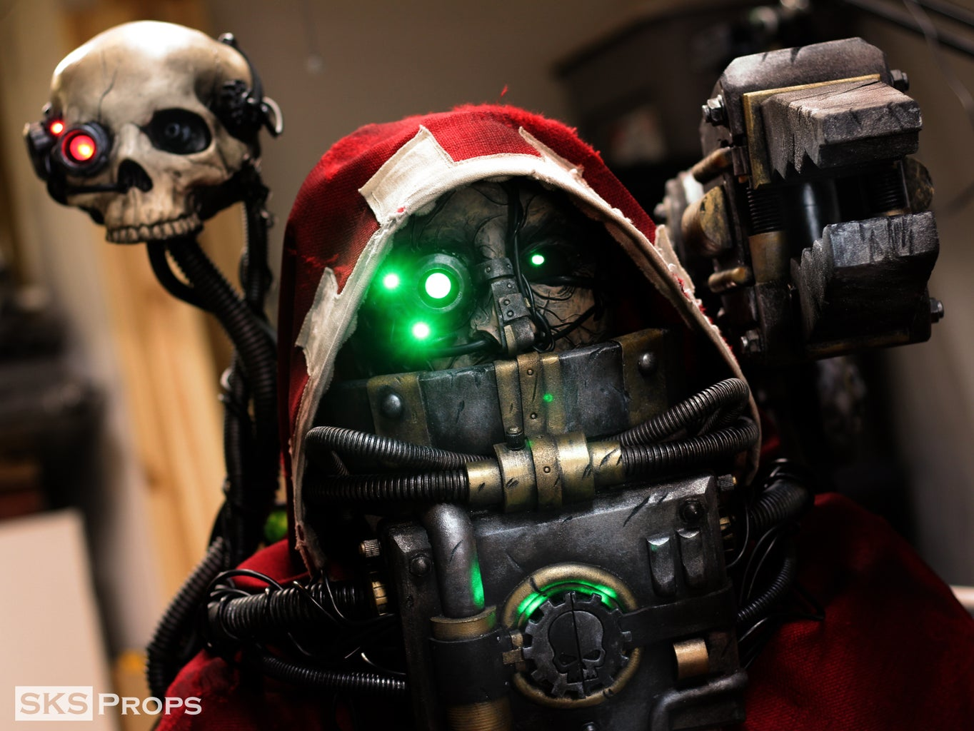 Warhammer 40K Tech Priest Cosplay - SKS Props