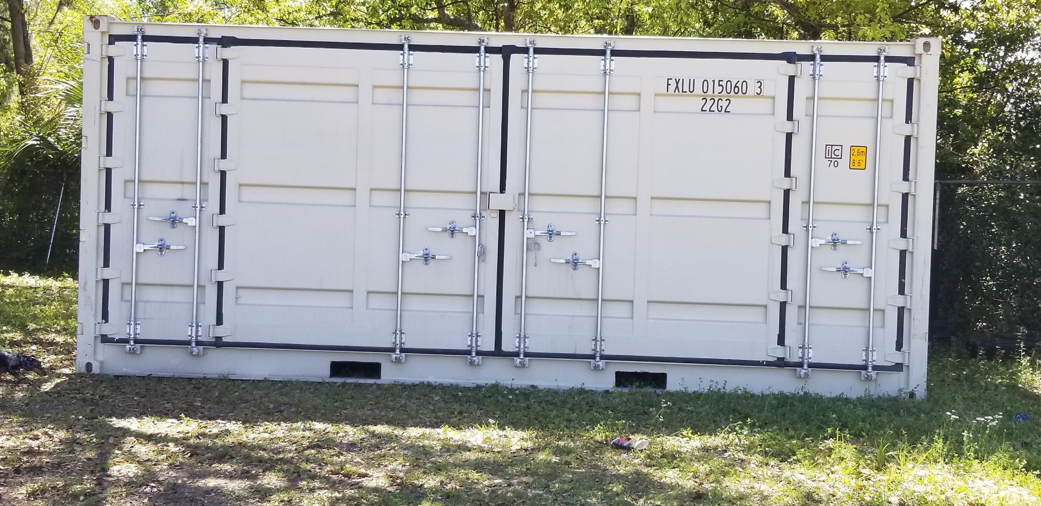 Find Yourself the Perfect 20' Shipping Container