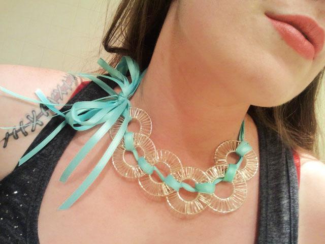Instant Knotty Ribbon Necklace
