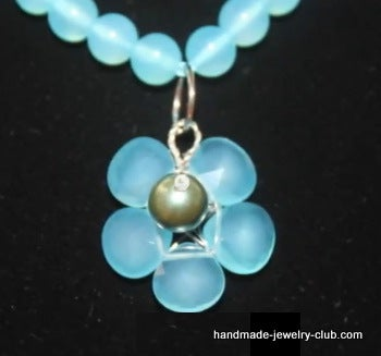 How to Make Flower Pendant Using Tear Drop Beads