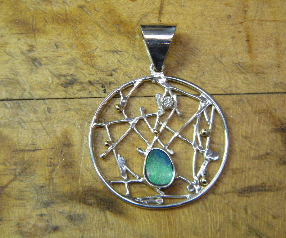 Random Pattern Opal Pendant