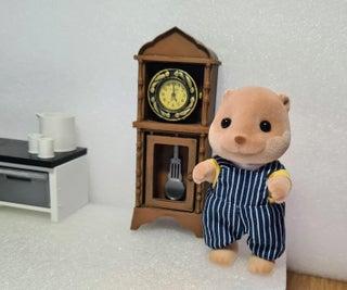 Working Mini Grandfather Clock Desktop/Sylvanian (3D Printed Tinkercad Project)