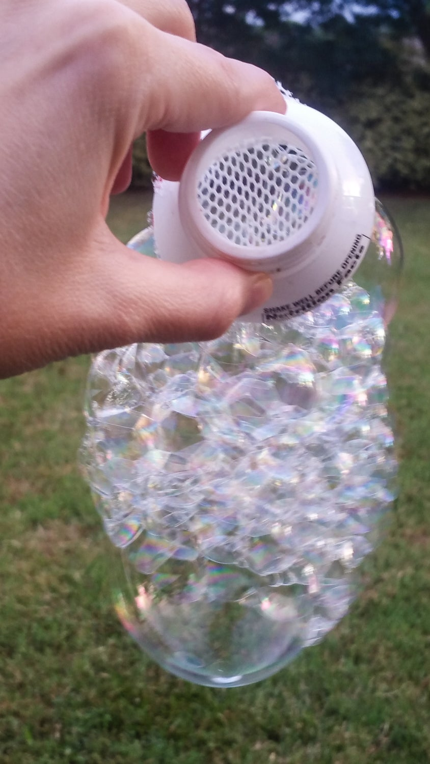 Make Different Bubble Wands.