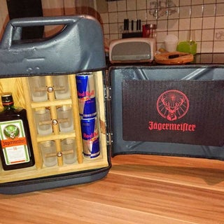 How to Make a Mini Bar From Jerry Can