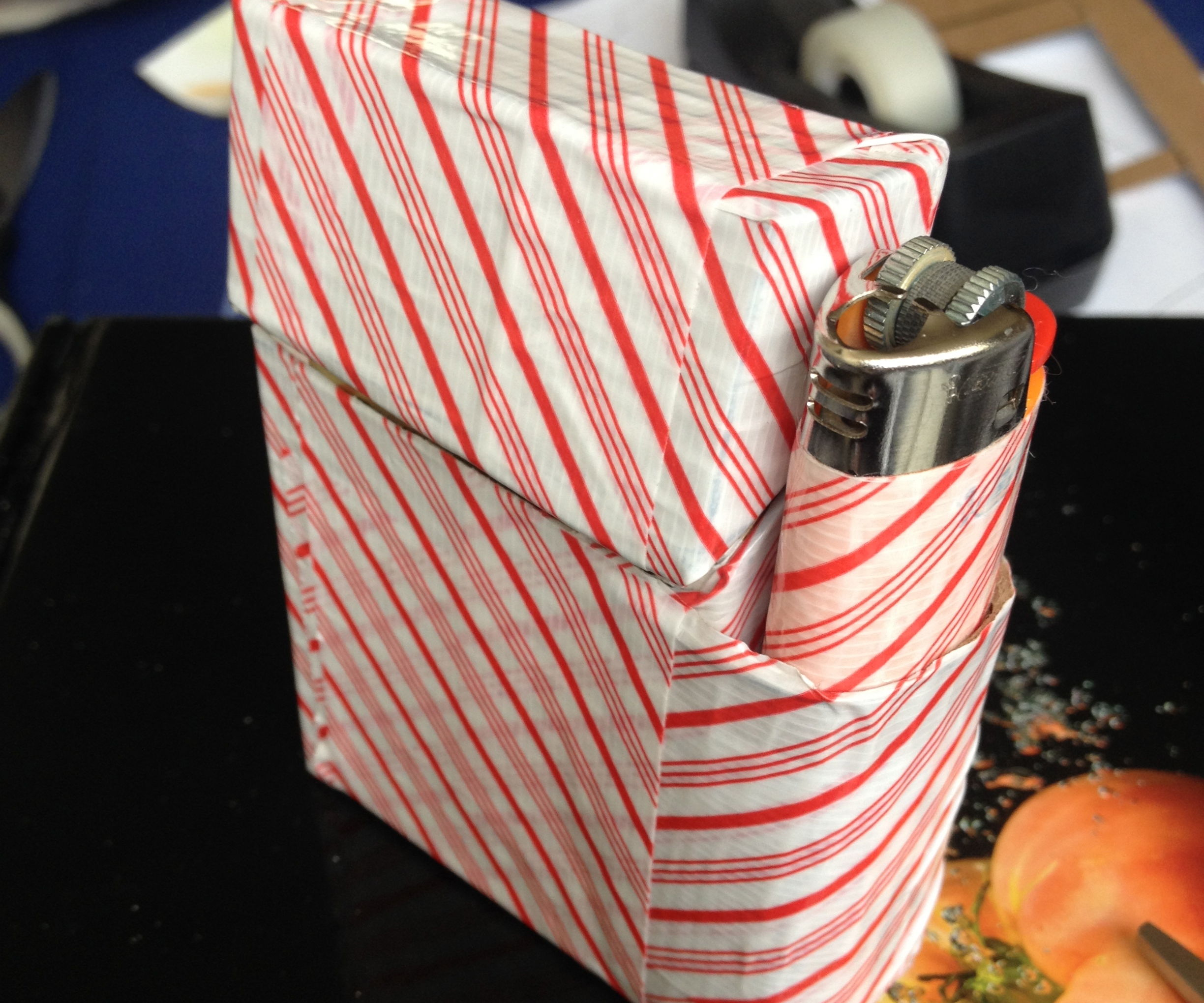 How to make a Duct tape Cigarette Case