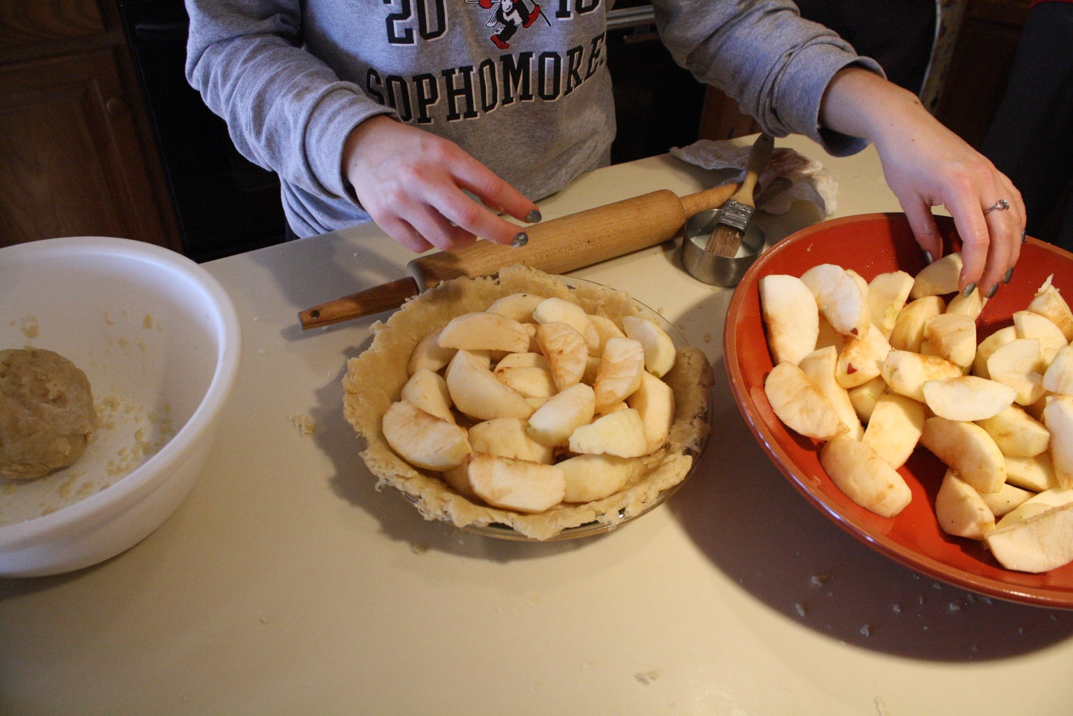 Fill the Pie With the Apples and Sugar/cinnamon