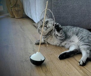 Stand-Up Cat Toy
