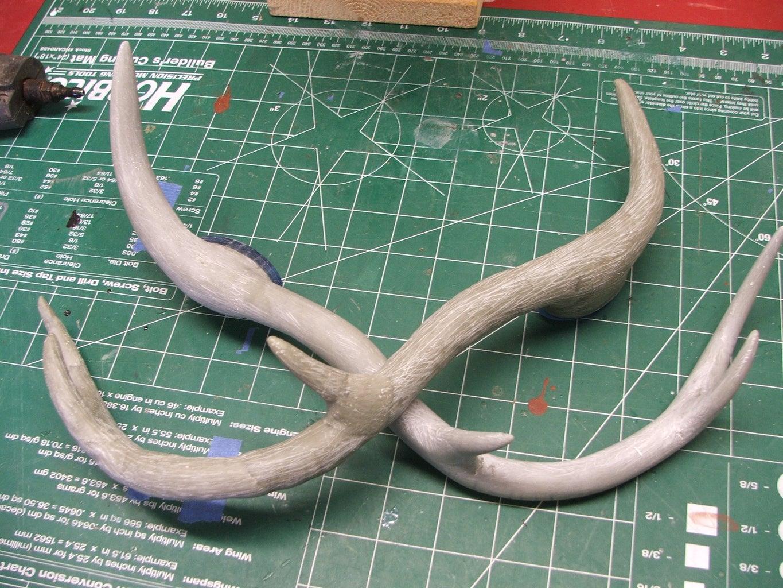 Sclupting Antlers