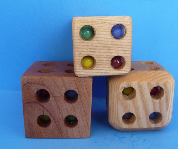 Marble Rattle Cube