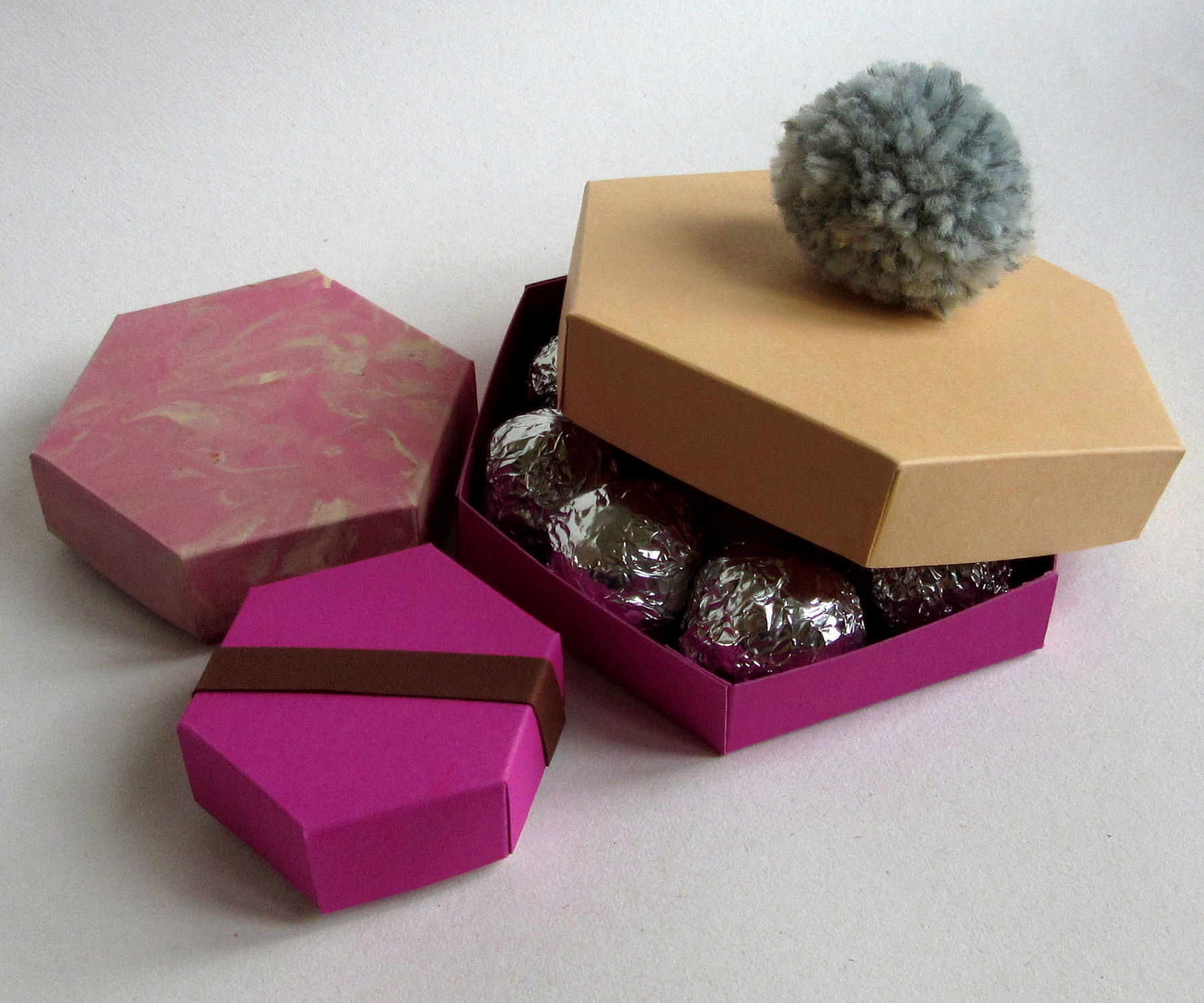 Hexagonal Cardboard Gift, Jewellery or Chocolate Box