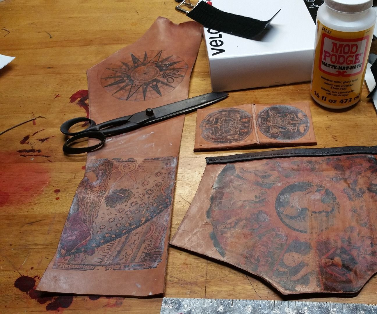 Torins Tutorials: Steampunk leather ink transfer