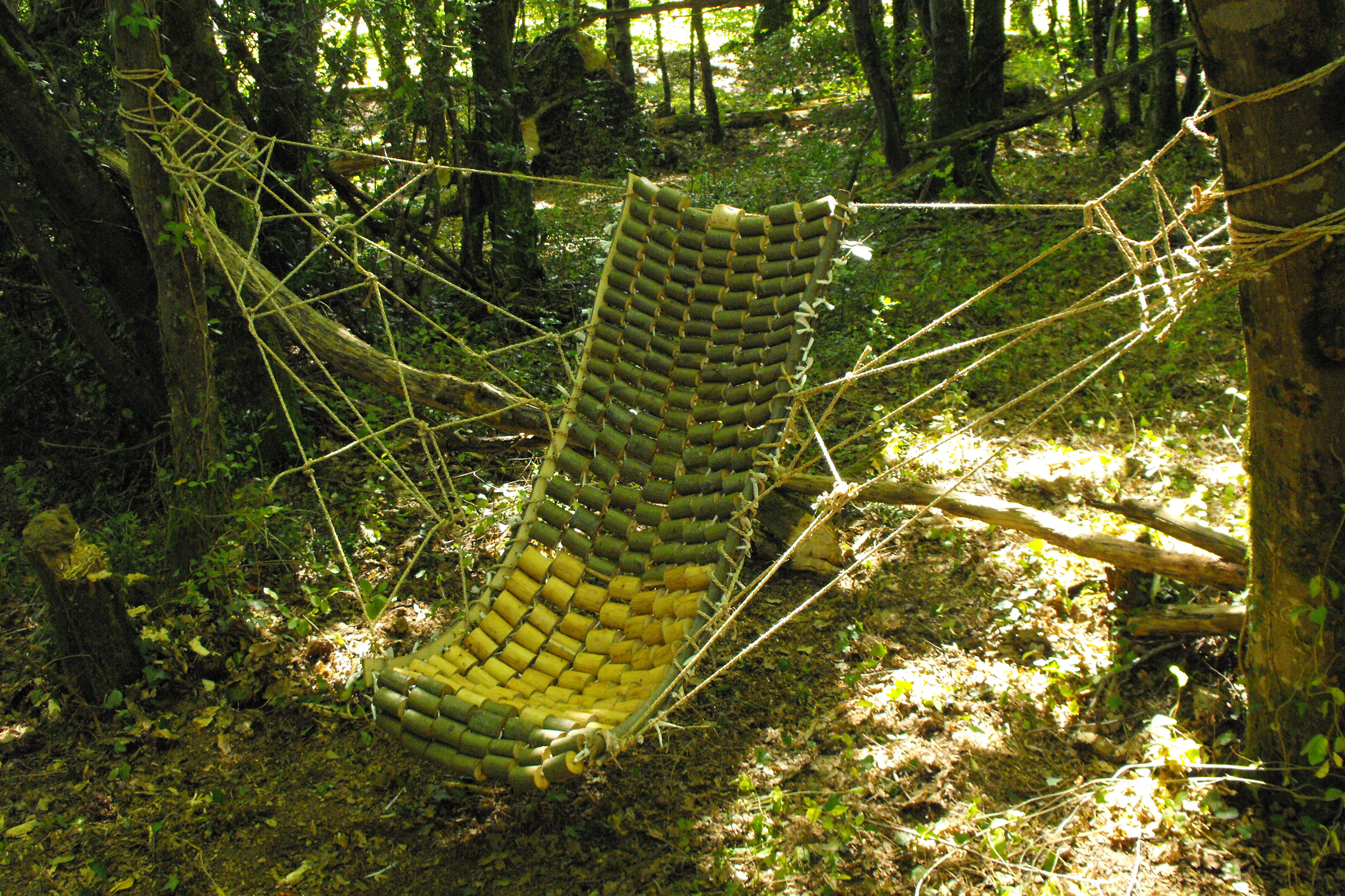 Make a wooden hammock from branches! by Samuel Bernier