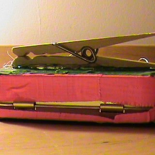 ipod safety case instructable 018.JPG