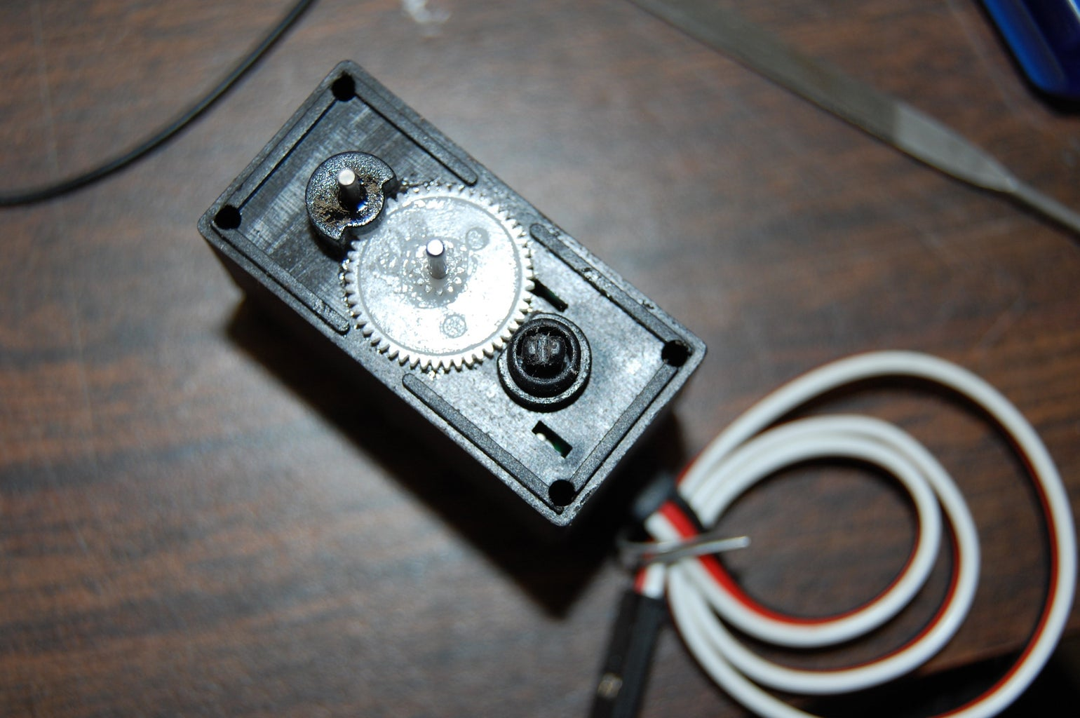 Modifying Your Servo for Continuous Rotation