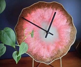 Geode Slice Clock