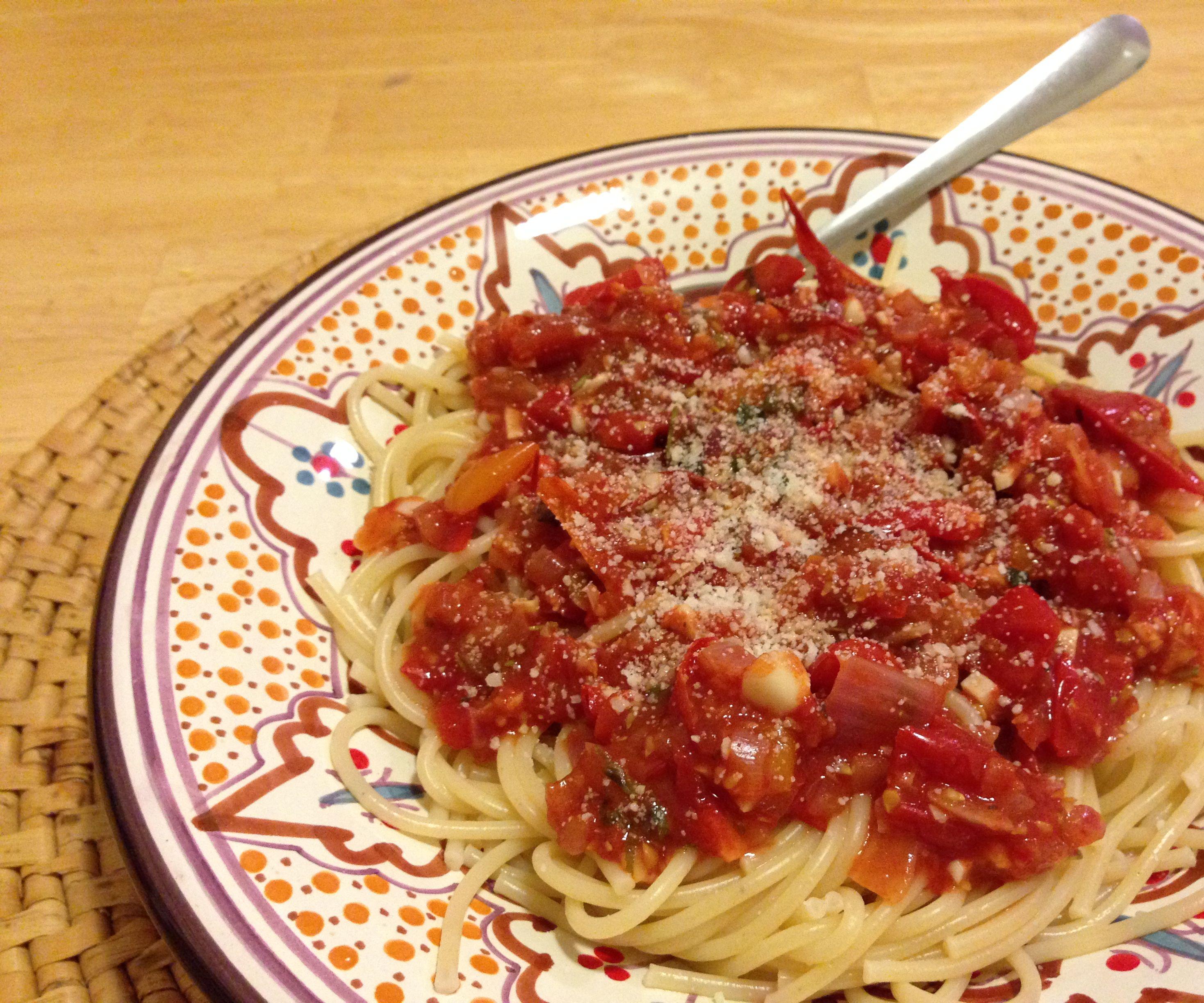 Don't-Let-the-Tomatoes-Go-Bad Marinara Sauce