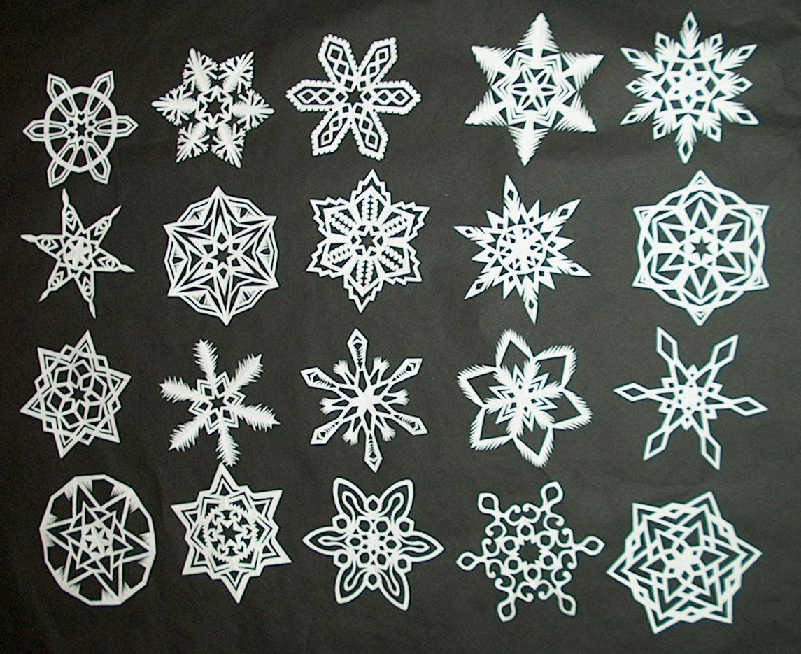 DIY: How to Make 6-Pointed Paper Snowflakes