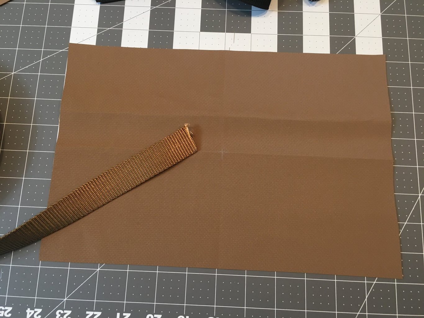 Cutting Webbing for the Top Handle: