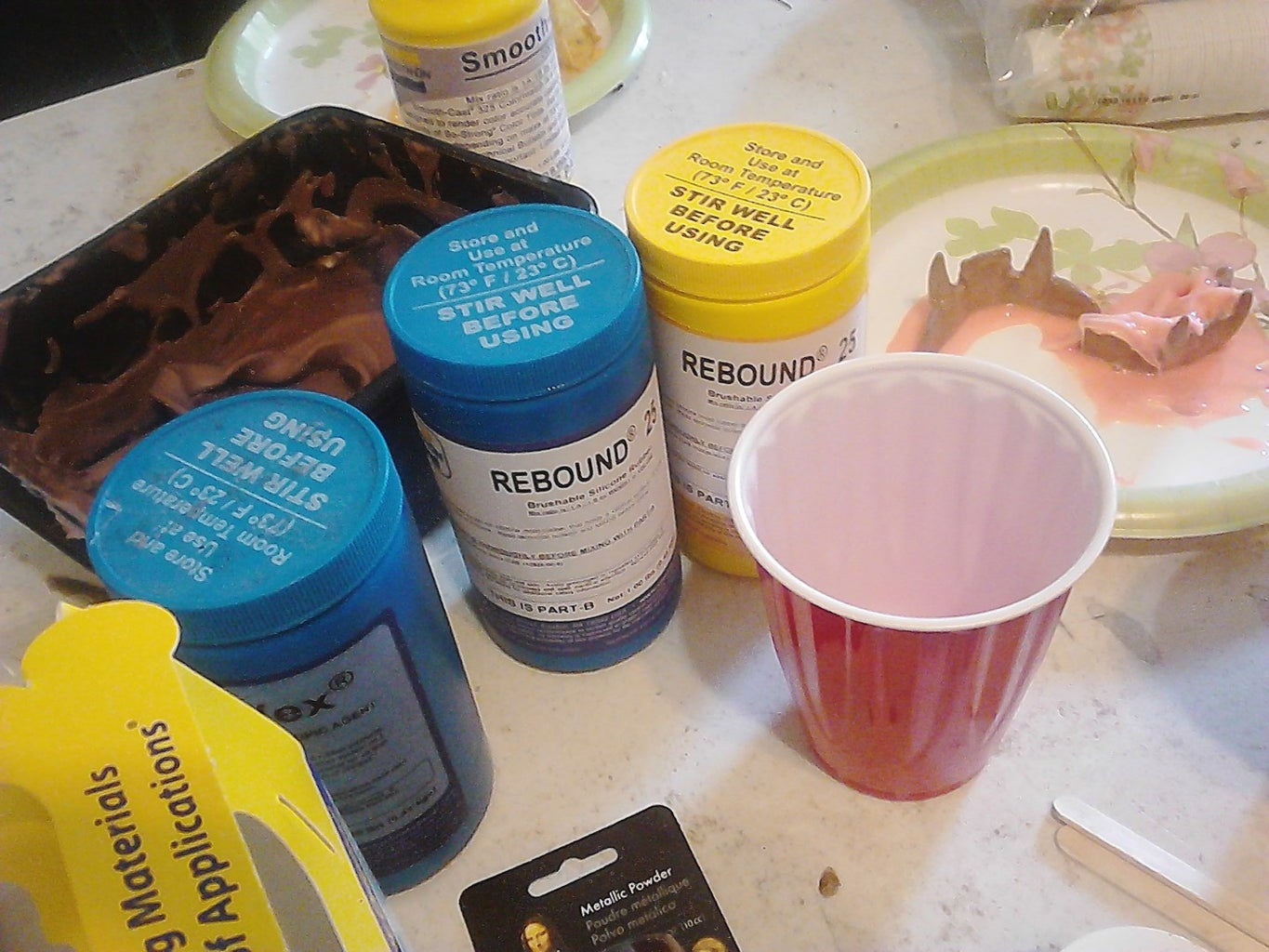 Mix the Resin