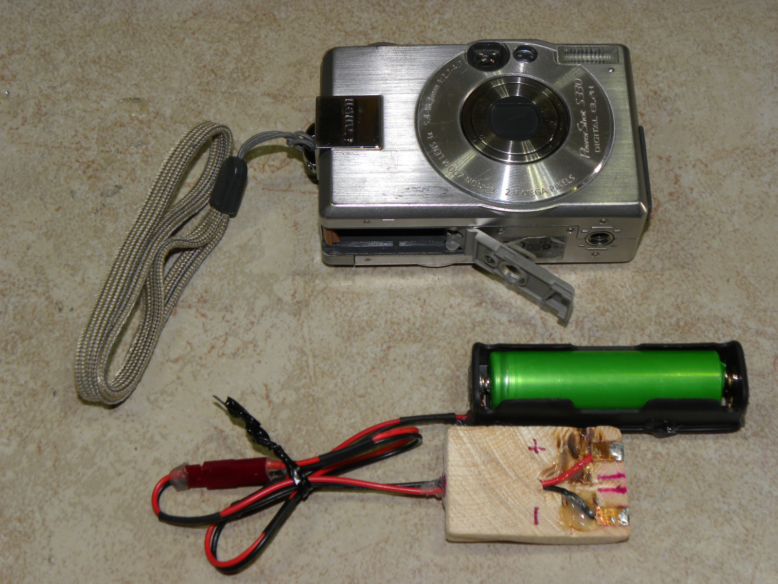 External Li-ion Battery for Digital Cameras