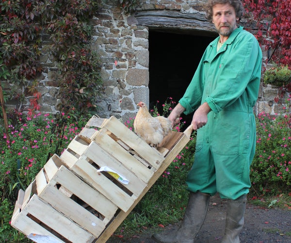 DIY Sack Truck Hand Trolley for 1 Dollar/euro/pound - Reused Pallet Wood. Diable En Bois De Palette