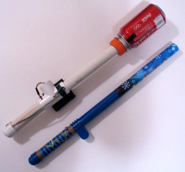 DIY Lightning Wand -- a Handheld Van De Graaff Generator