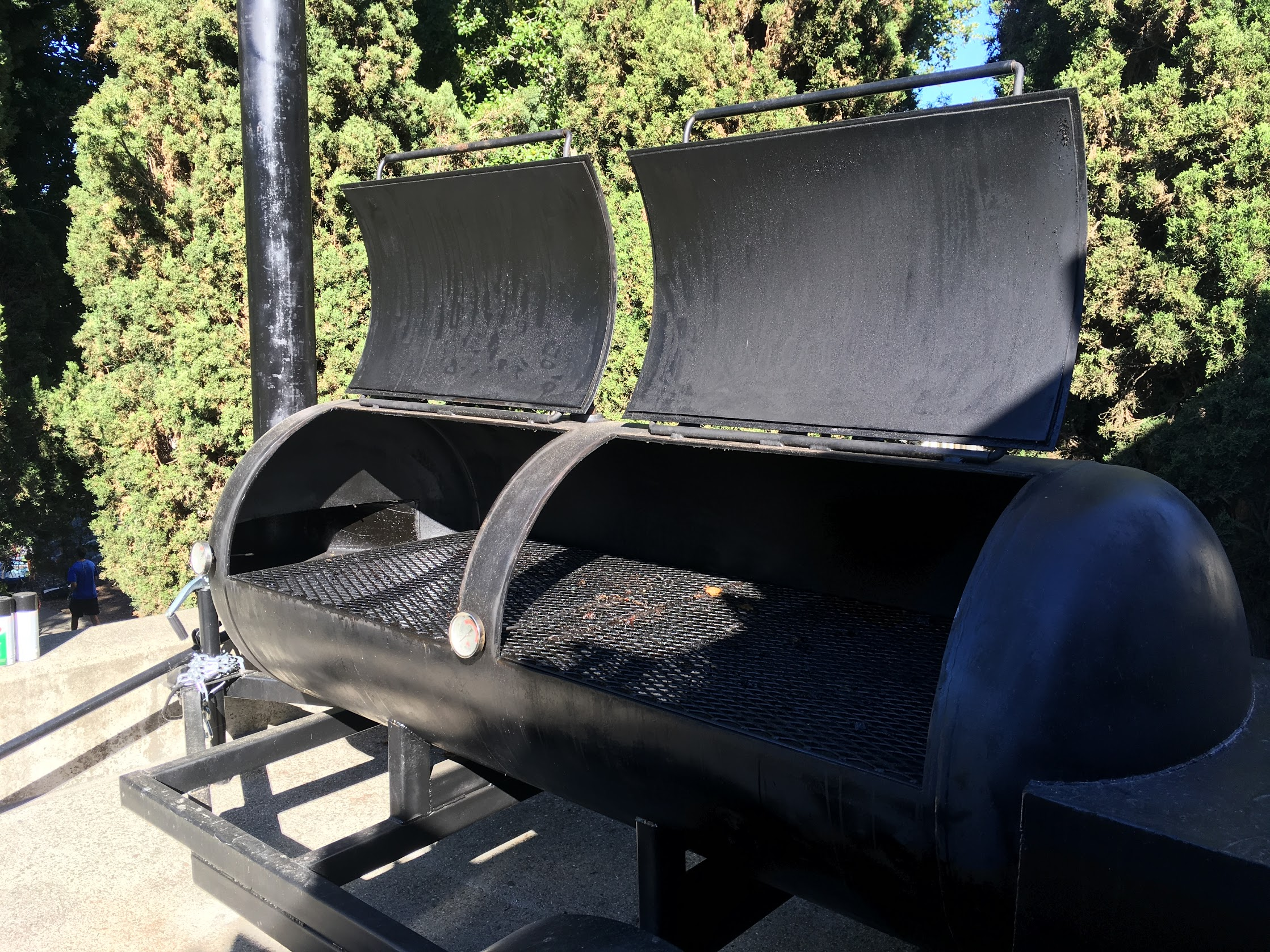 Build A Professional Barbecue Smoker 14 Steps With Pictures Instructables