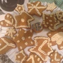 Gingerbread With a Chance of Frosting