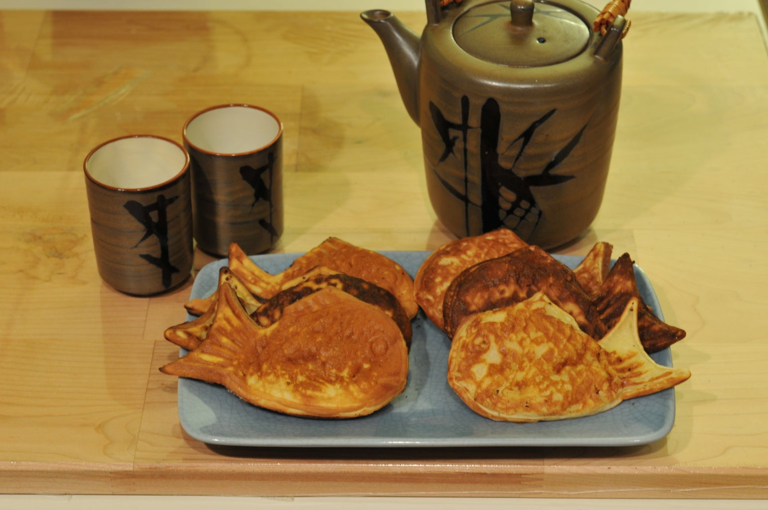 How to Make Creme Taiyaki (Custard Filled Waffle Fish)