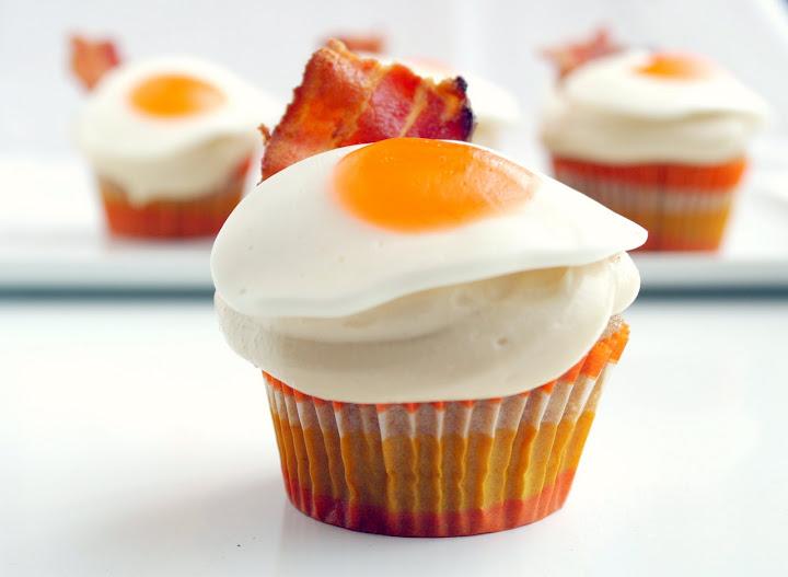 Pancake Bacon and Egg Cupcakes!