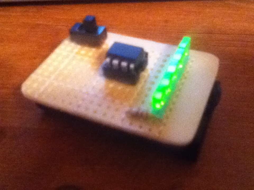 $10 ATtiny85/45 POV display!! (works really well)