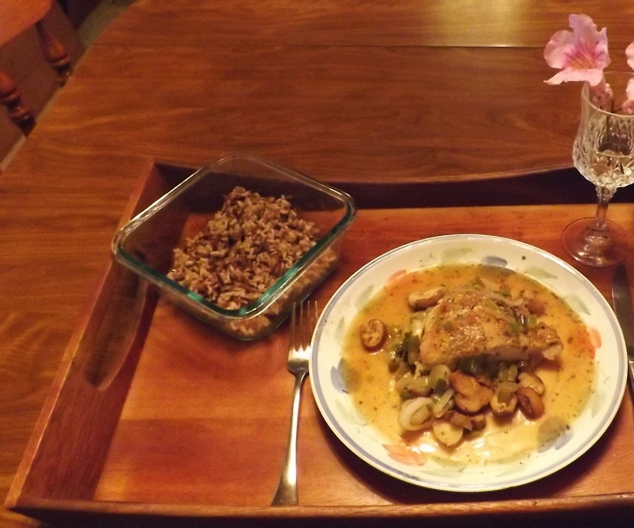 BLUE CHEESE STUFFED BREAST OF CHICKEN SIMMERED IN WHITE WINE WITH SPRING ONIONS & MUSHROOMS