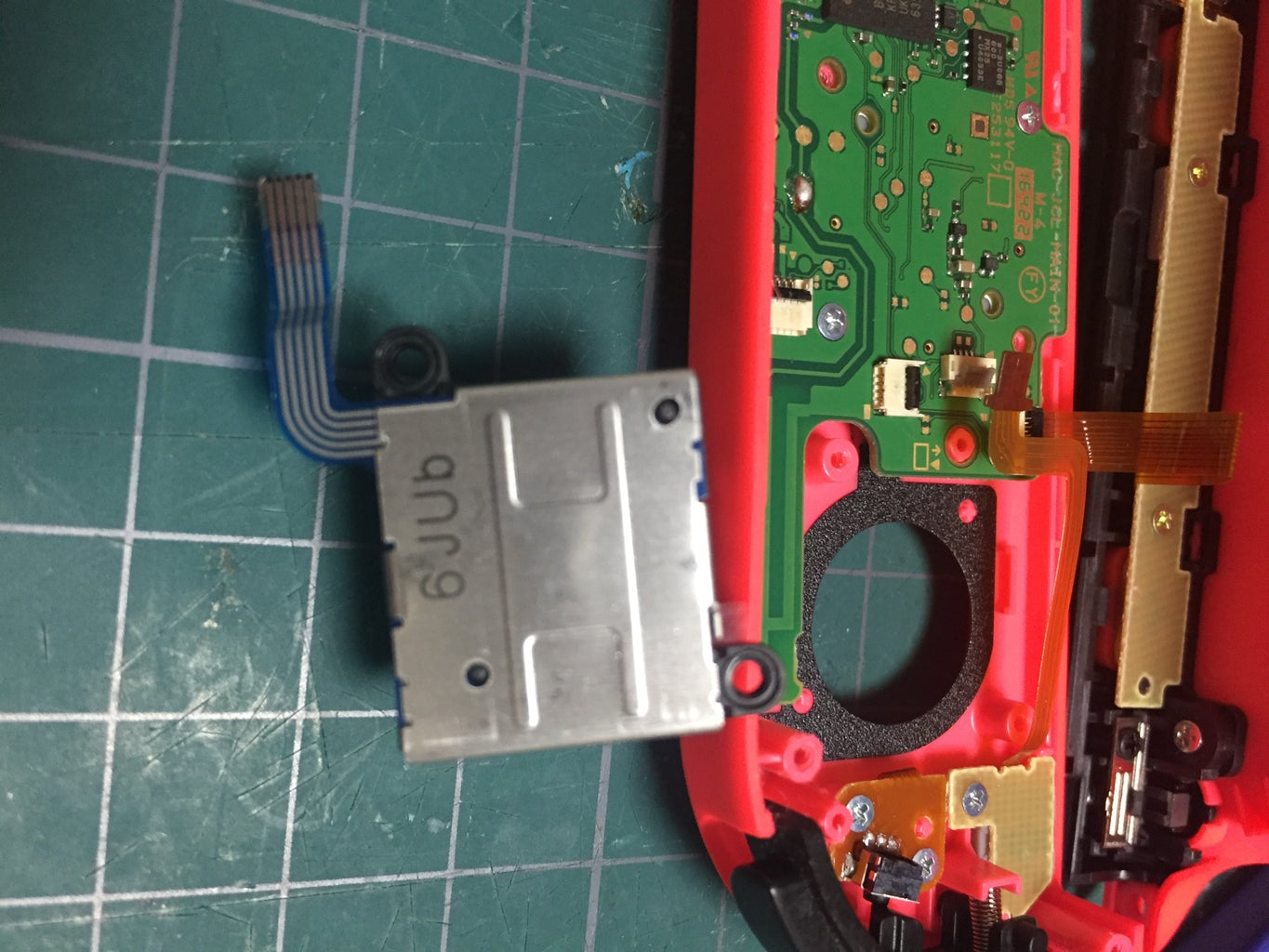 Removing Ribbon Cables to Access the Analog Stick