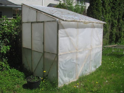 Low-cost Greenhouse