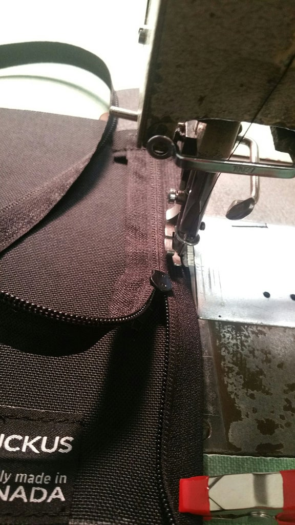 Adding Zipper to Lid